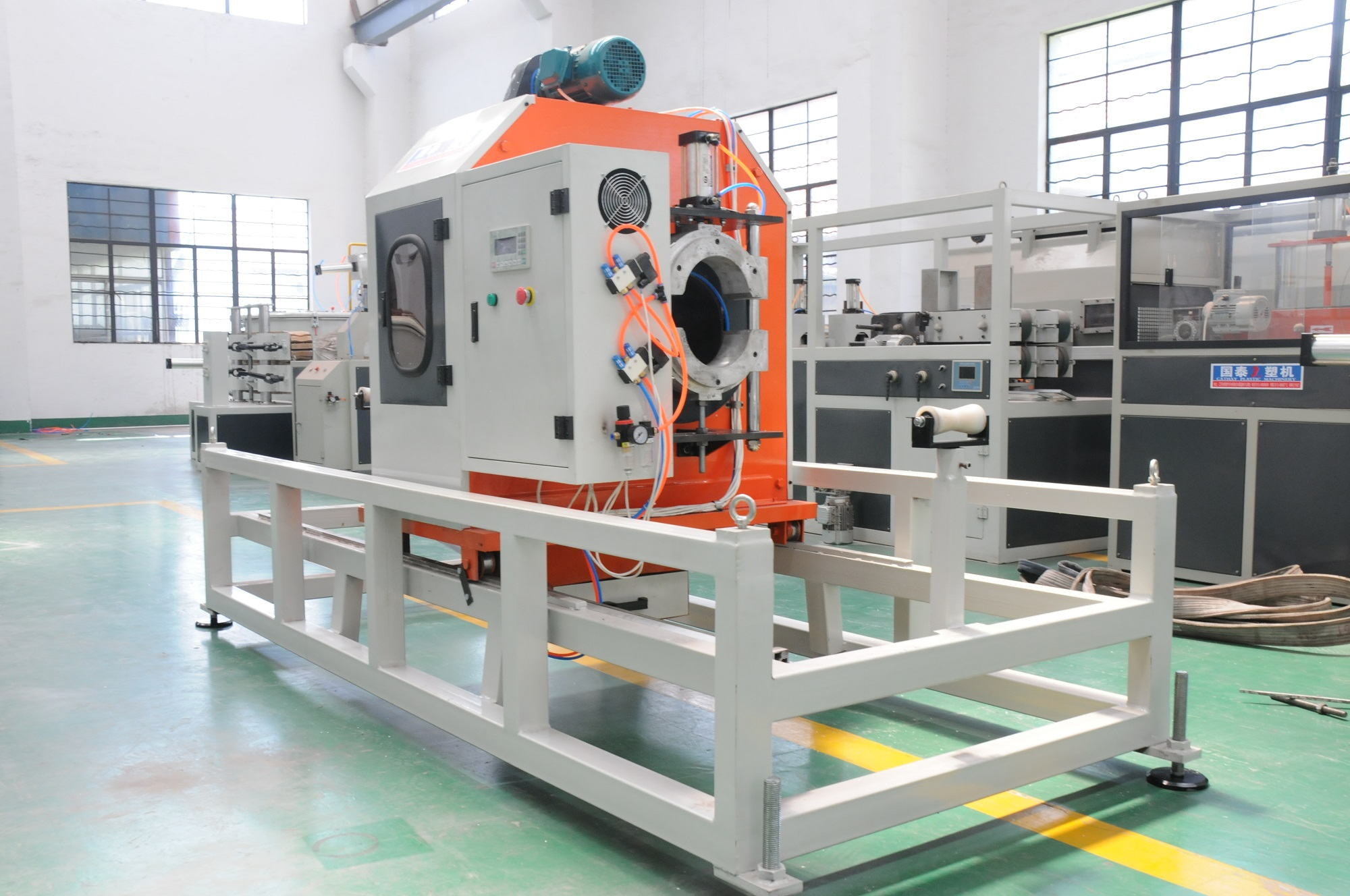 Plastic Pipe Profile Products Cutting Machine