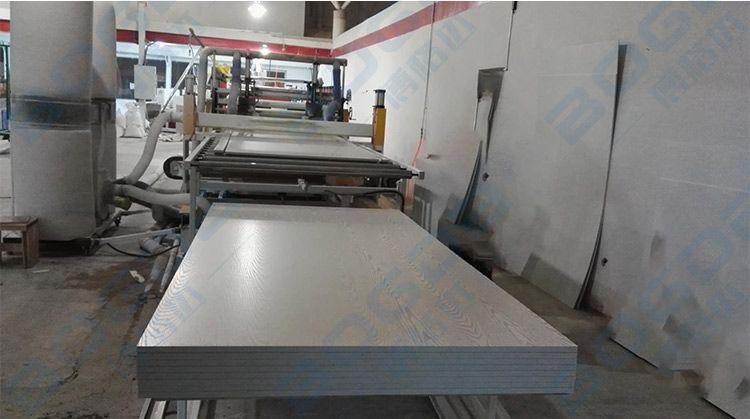 1.2m Width Interior Wall Decoration Wood Grain Laminated PVC Foam Board Extrusion Line